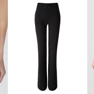 Lululemon NWT Women's Relaxed Fit Pant